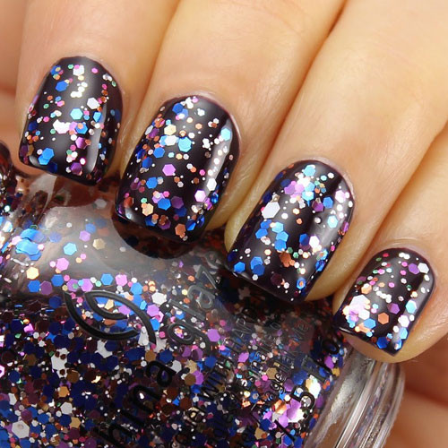 china glaze your present required фото на ногтях