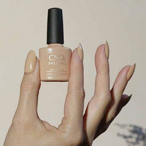 cnd shellac brimstone фото на ногтях