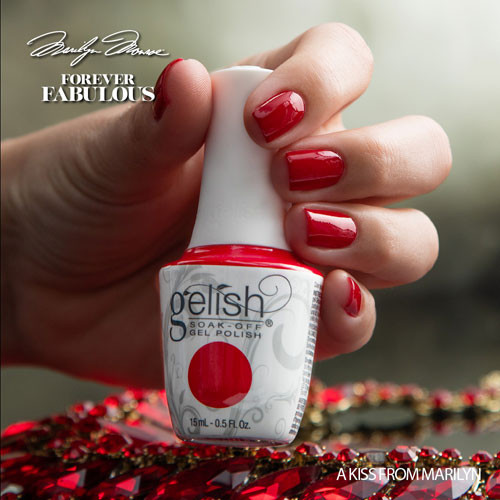 gelish a kiss from marilyn 15 мл фото на ногтях