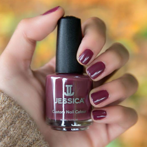 geleration 1179 mauve-lous nights фото на ногтях
