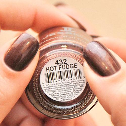 jessica 432 hot fudge фото на ногтях