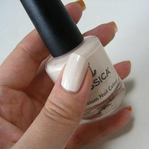 geleration 662 naked truth фото на ногтях