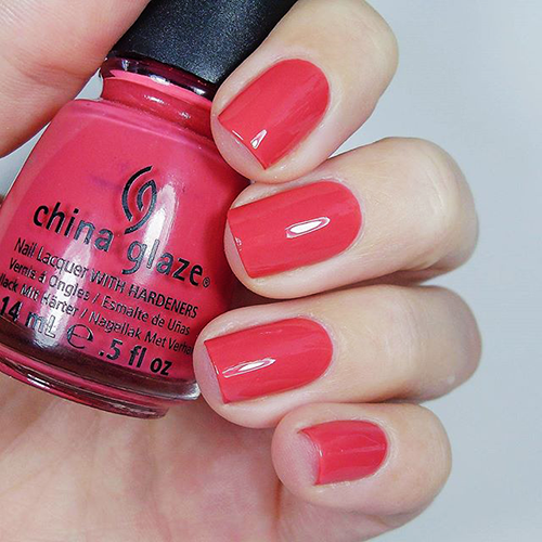 china glaze passion for petals фото на ногтях