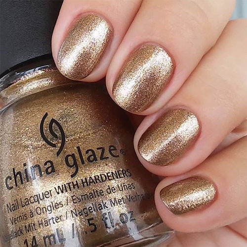 china glaze goldie but goodie фото на ногтях
