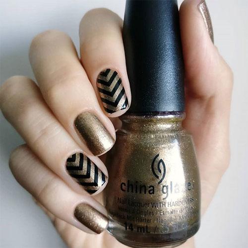 china glaze goldie but goodie фото на ногтях
