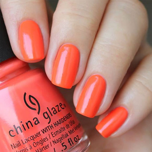 china glaze red-y to rave фото на ногтях