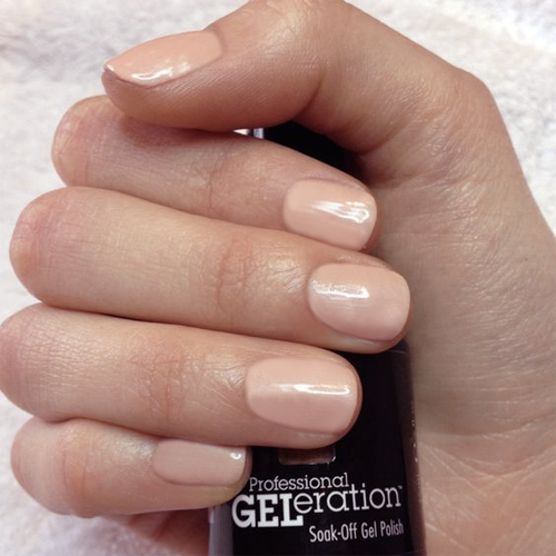 geleration 952 peaches creme фото на ногтях