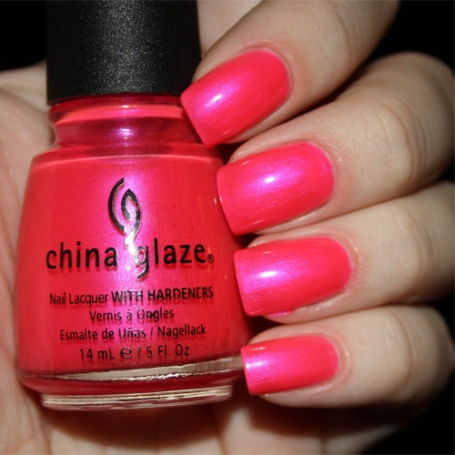 china glaze pink voltage фото на ногтях