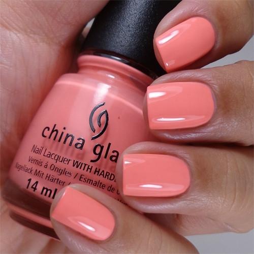 china glaze petal to the metal фото на ногтях