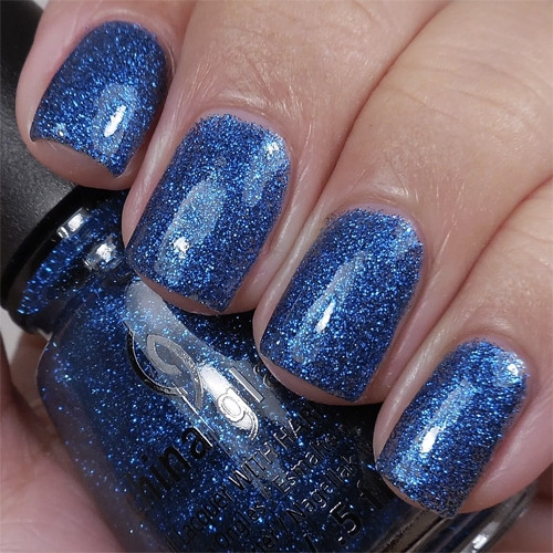 china glaze feeling twinkly фото на ногтях