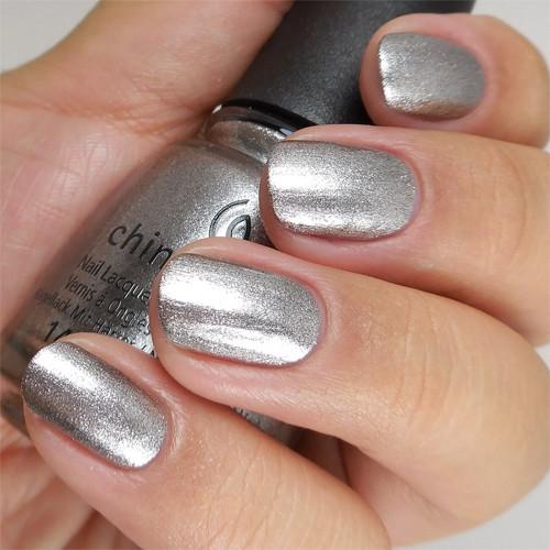 china glaze check out the silver fox фото на ногтях