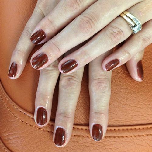 cnd shellac burnt romance фото на ногтях