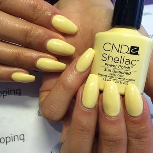 cnd shellac sun bleached фото на ногтях