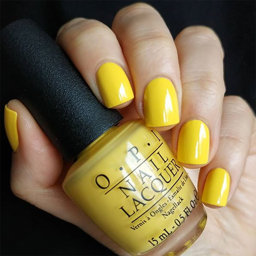 opi i just can't cope-acabana фото на ногтях