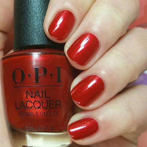 opi danke shiny red фото на ногтях