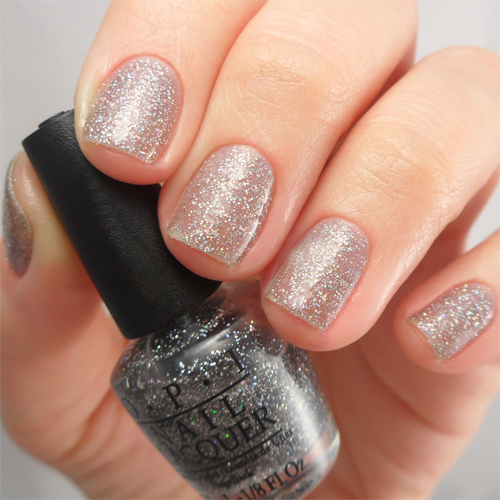 opi my voice is a little norse фото на ногтях