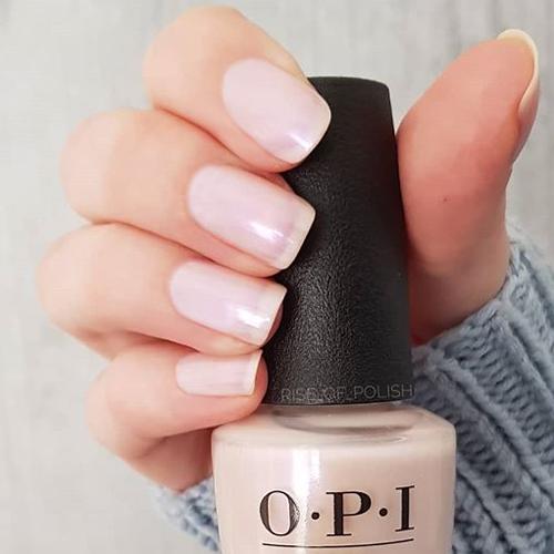 opi altar ego фото на ногтях
