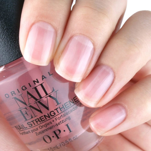 opi original nail envy pink to envy фото на ногтях