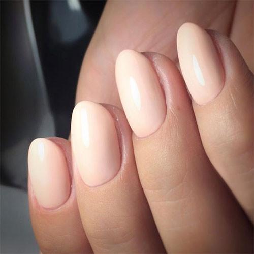 vinylux 267 uncovered фото на ногтях
