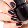 gelcolor love is hot and coal фото на ногтях