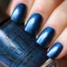 opi unfor-greta-bly blue фото на ногтях