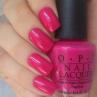 opi that's berry daring фото на ногтях